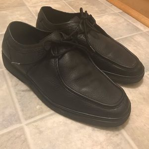 Men's Detour Legend black leather shoes. 11.5W